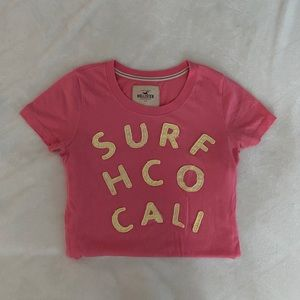 pink and yellow hollister t-shirt